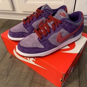 Nike SB Dunk Low SP Plum Sz 8.5 men's  10 women's